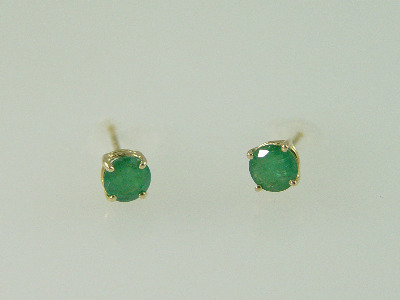 14KT Y/G Emeralds 0.68ct. Studs