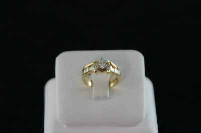 14KT Y/G Princess Cut Diamond 0.50ct Marquise diamonds 0.21ct Ring