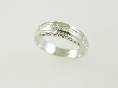14KT White Gold Princess Cut Diamond 0.30Ct Filigree Band
