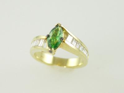 14KT White Gold Baguette Diamond 1.00ct Center Marquise Tsavarate Garnet 0.85ct