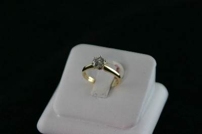 14KT Y/G Diamond 0.78ct Color I, Clarity I2 Solitaire