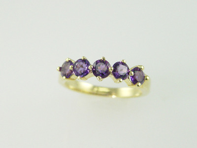 14KT Y/g Five Round Amethyst 1.25ct Band