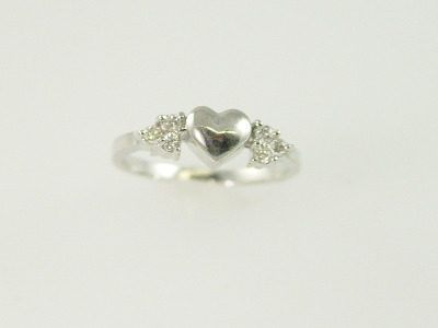 14KT White Gold Diamond 0.20ct Heart Ring