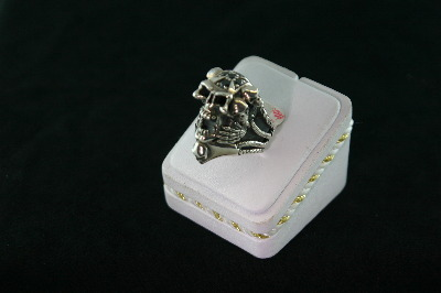 Silver Skull Ring with Cubics 37gr