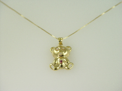 14KT Yellow Gold Bear Diamond 0.3ct and Ruby 0.03ct Pendant