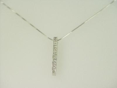 14KT White Gold Diamond 0.40ct Bar Pendant