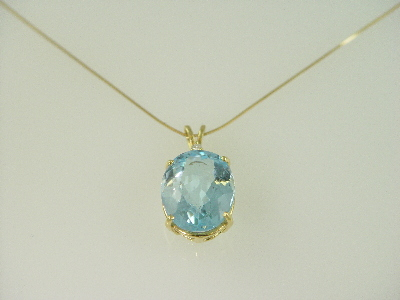 14KT Y/G Oval Blue Topez 14.86ct One Diamond 0.05ct Pendant