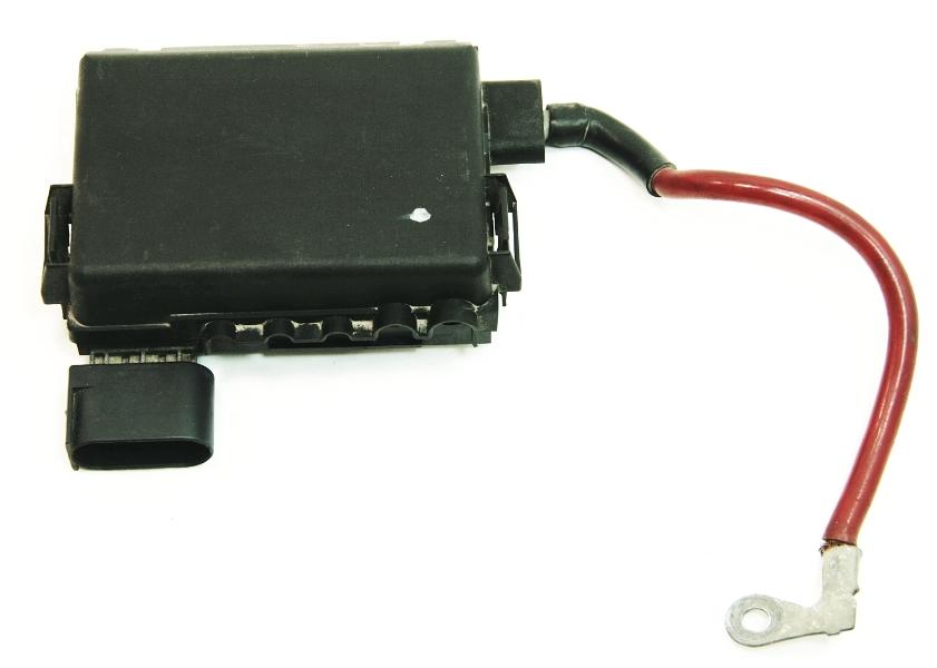 [DIAGRAM_4PO]  Battery Distribution Fuse Block 98-05 VW Jetta Golf Beetle MK4 - 1C0 937  549 A | CarParts4Sale, Inc. Galleries | 98 Beetle Battery Fuse Box |  | CarParts4Sale