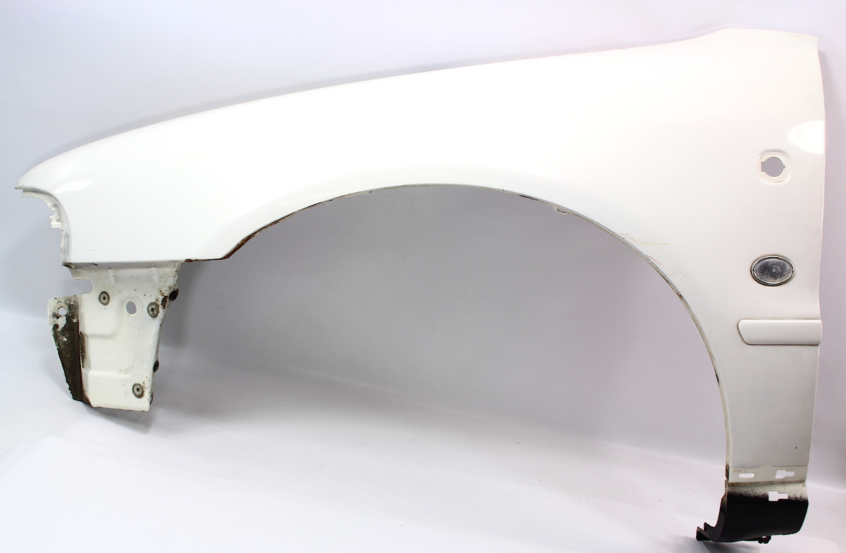 LH Fender 97-99 Audi A4 B5 - LY9G Casablanca White - Genuine