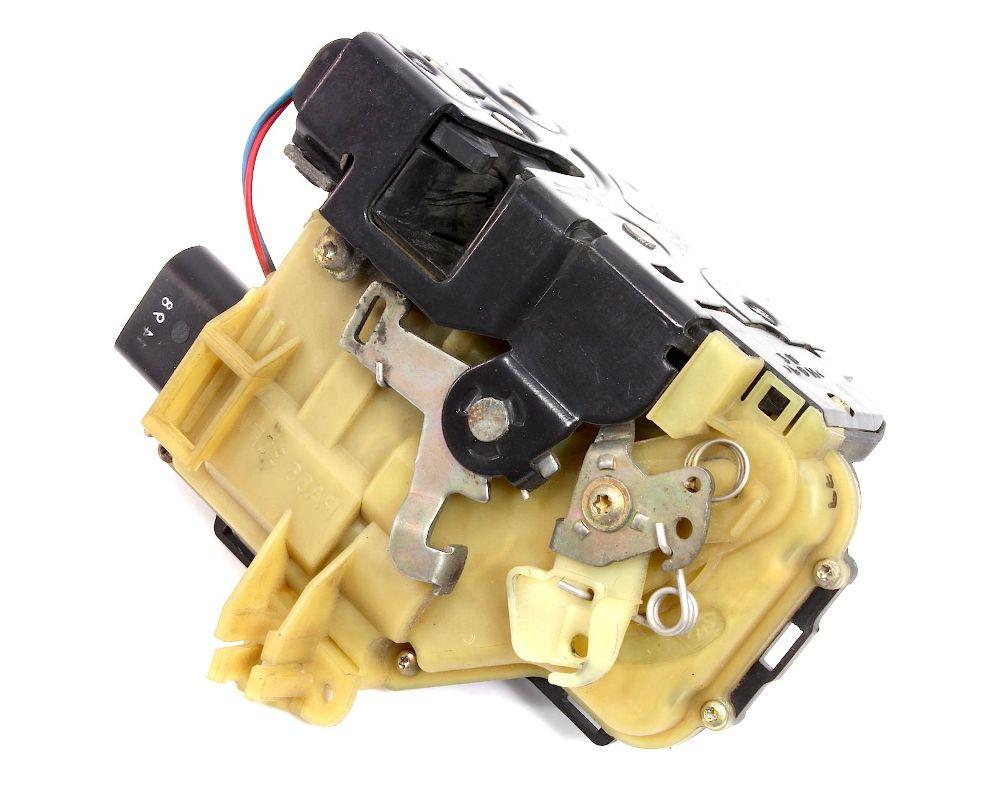 LH Front Door Latch Lock 98-04 Audi A6 S6 C5 Allroad - 4B1 837 015 C
