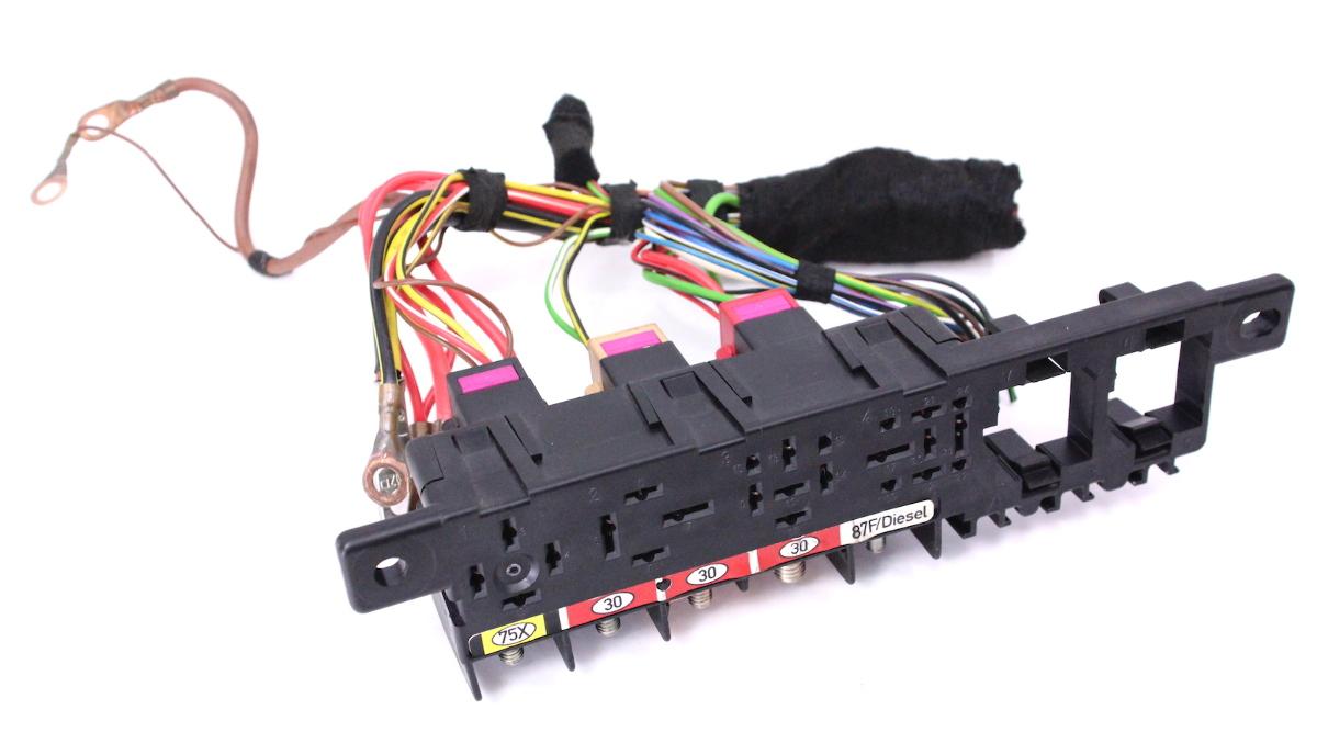 Under Dash Relay Panel Board & Pigtails 98-05 VW Passat Audi A4 - 8L0 941 822 A