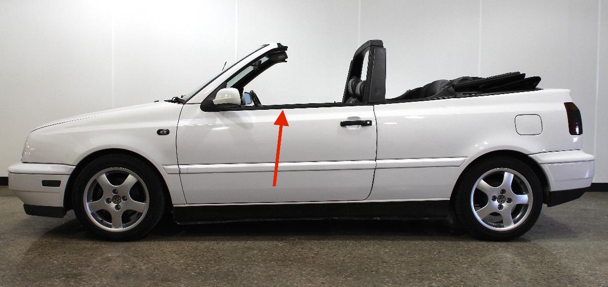 LH Exterior Window Door Scraper Trim Molding 95-02 VW Cabrio Mk3 ~ Genuine