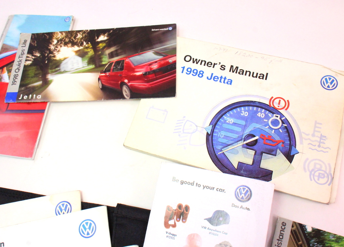 ... 1998 VW Jetta Owners Manual Books & Case VW Volkswagen 93-99 ...