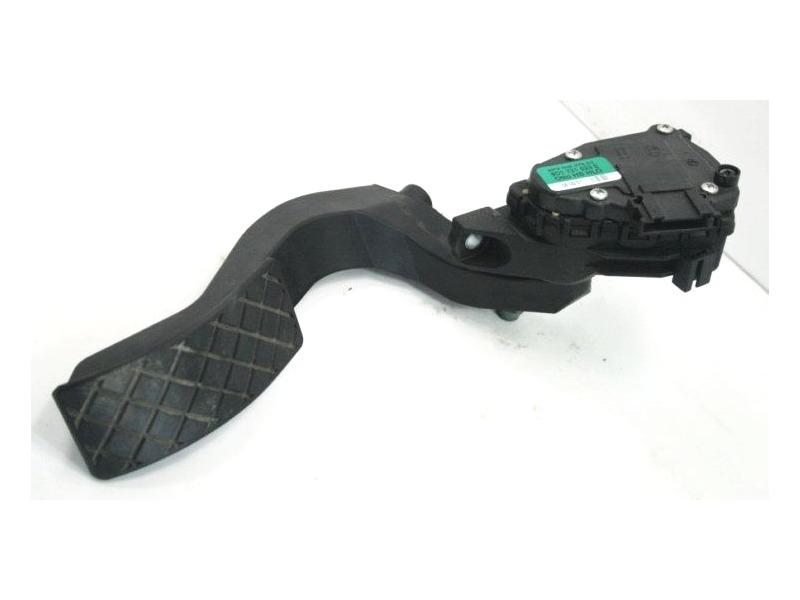 Accelerator Gas Pedal Audi A4 S4 A6 S6 Passat B5 - Genuine - 8D1 721 523 A