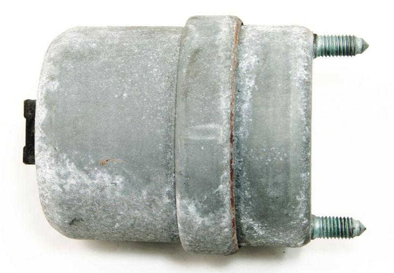 RH Engine Motor Mount Bushing 2.8 VR6 97-03 VW EuroVan - 7D0 199 132 D