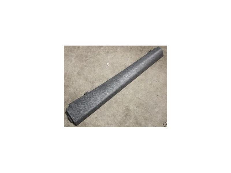 RH Lower A Pillar Trim 05-10 VW Jetta Rabbit GTI Passenger 1K0 868 224 A