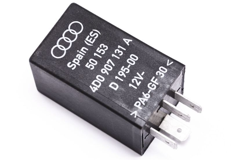 Interior Reading Lights Relay # 624 Audi A8 S8 D2 - Genuine - 4D0 907 131 A