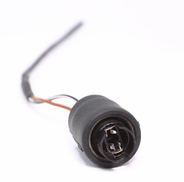 Side Marker Bumper Light Bulb Socket Plug Wiring Pigtail