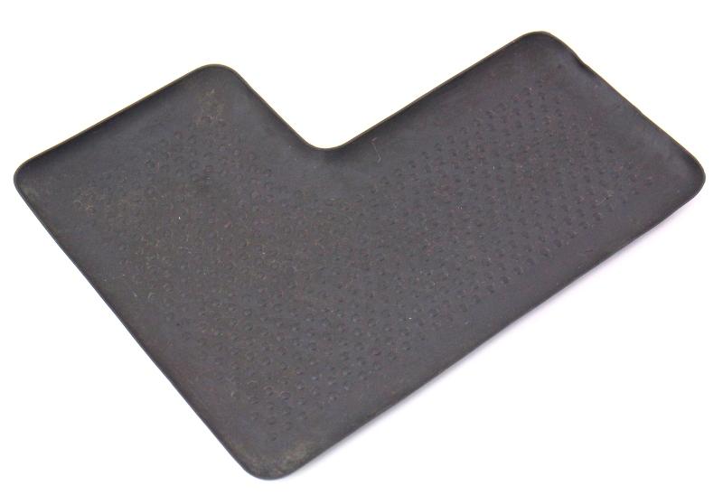 Arm Rest Center Console Rubber Liner Mat Insert 05-10 VW Jetta Rabbit Golf MK5