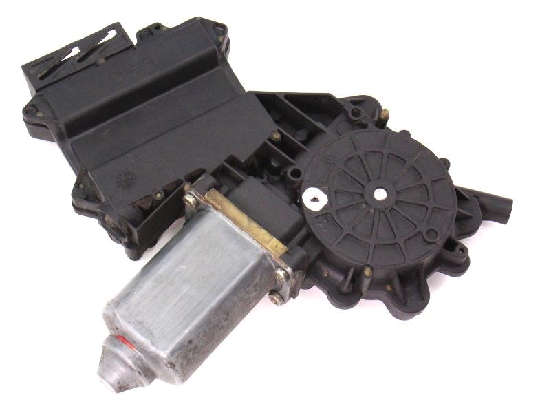 RH Rear Power Window Motor 93-99 VW Jetta Mk3 - Genuine - 1H4 959 812