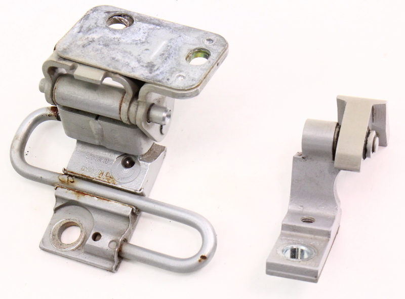 RH Front Door Hinges 02-05 Audi A4 S4 B6 - LY7W Silver - 8E0 831 412