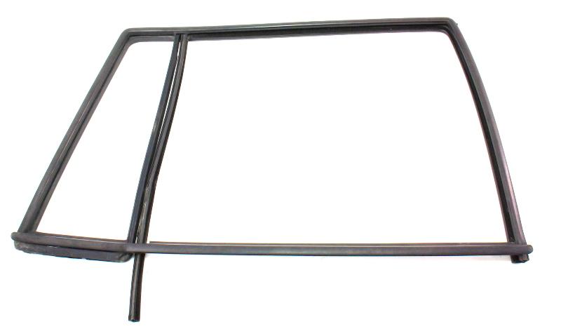 RH Rear Door Window Molding Seal Scraper Trim 01-05 VW Jetta MK4 Wagon - Genuine