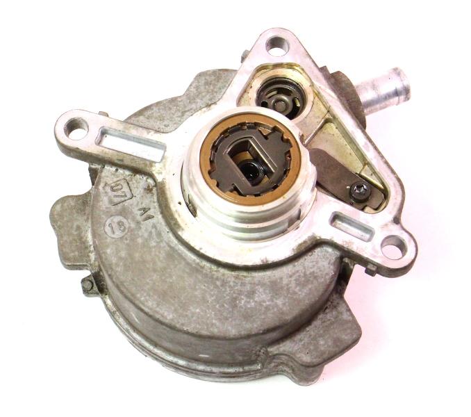 Engine Vacuum Pump 07-08 VW Audi Q7 3.6 VR6 BHK - Genuine - 03H 145 100 B