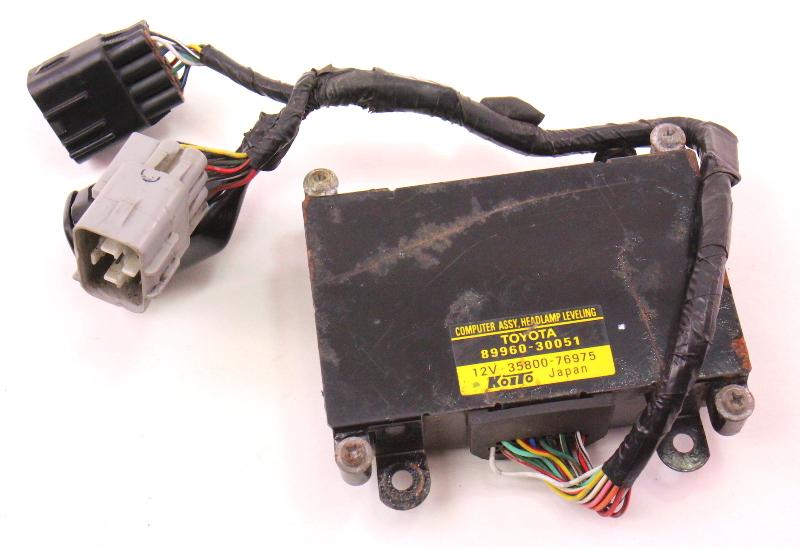 LH Headlight Leveling Computer 98-05 Lexus GS300 2JZ - Genuine - 89960-30051