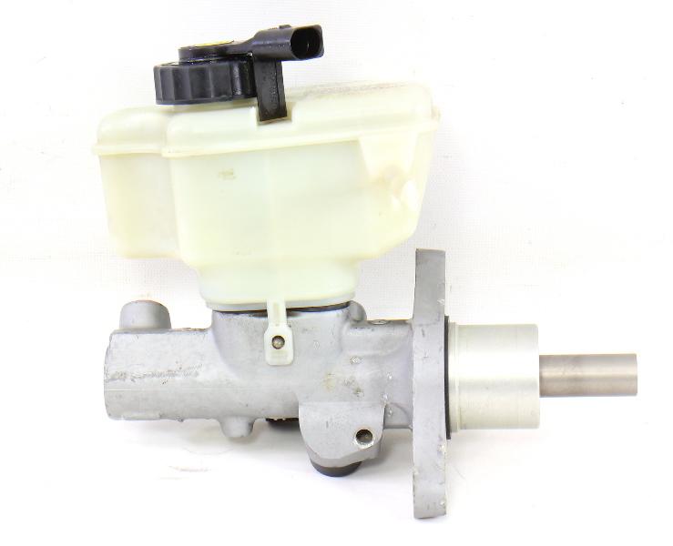 Brake Master Cylinder 06-09 VW Eos GTI Rabbit Mk5 22mm - Genuine - 1K1 611 301 C