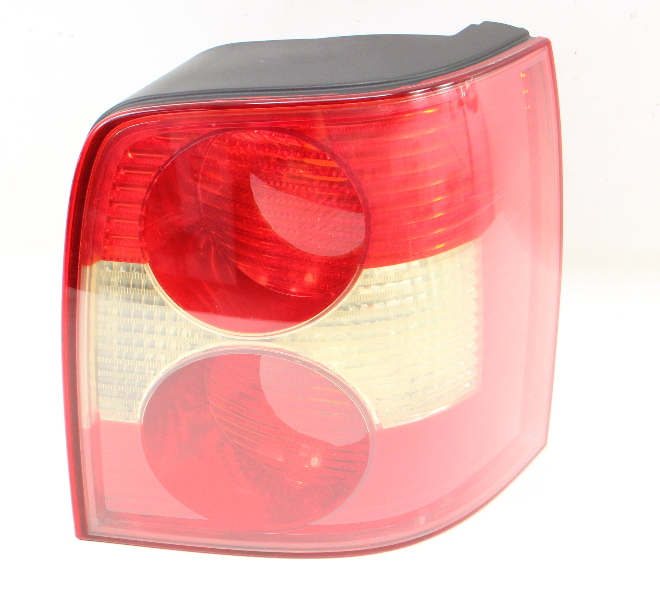 RH Tail Light Lamp 01-05 Passat Wagon B5.5 - Genuine - 3B9 945 112