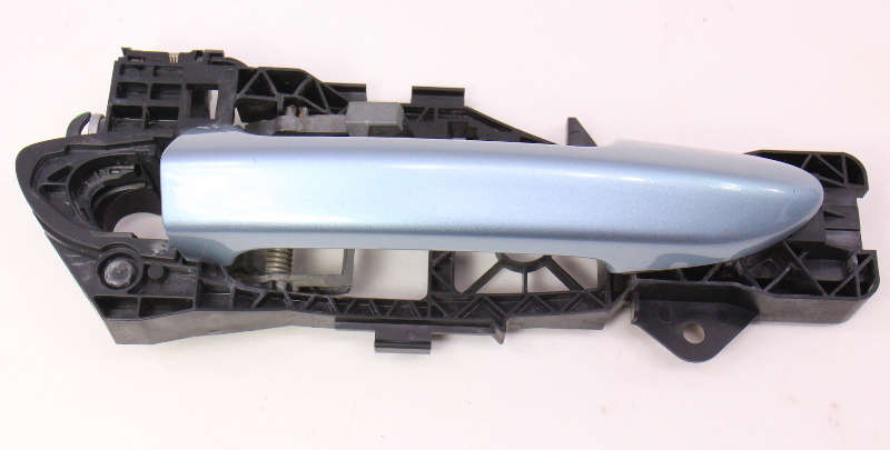 RH Exterior Door Handle 06-10 VW Passat B6 - LB5M Arctic Blue - 3C0 837 886 E