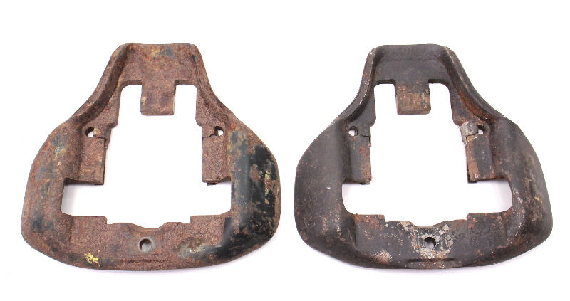 Pair Front Brake Caliper Carriers 75-79 VW Jetta Rabbit Scirocco MK1 Early Style