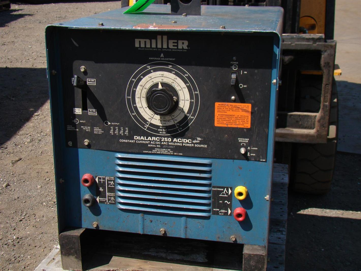 Miller Dialarc 250 AC/DC CC Welder 200/230/460 Volt Single Phase