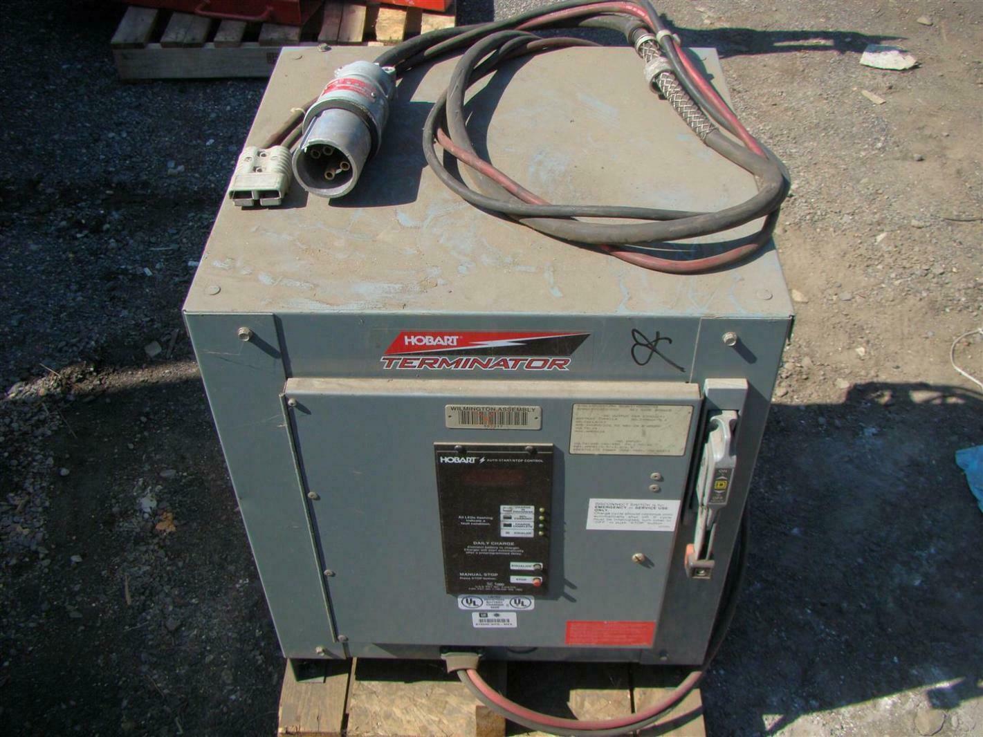 hobart 24vdc forklift battery charger 376 450amp hrs 208 240 480v rh ebay com