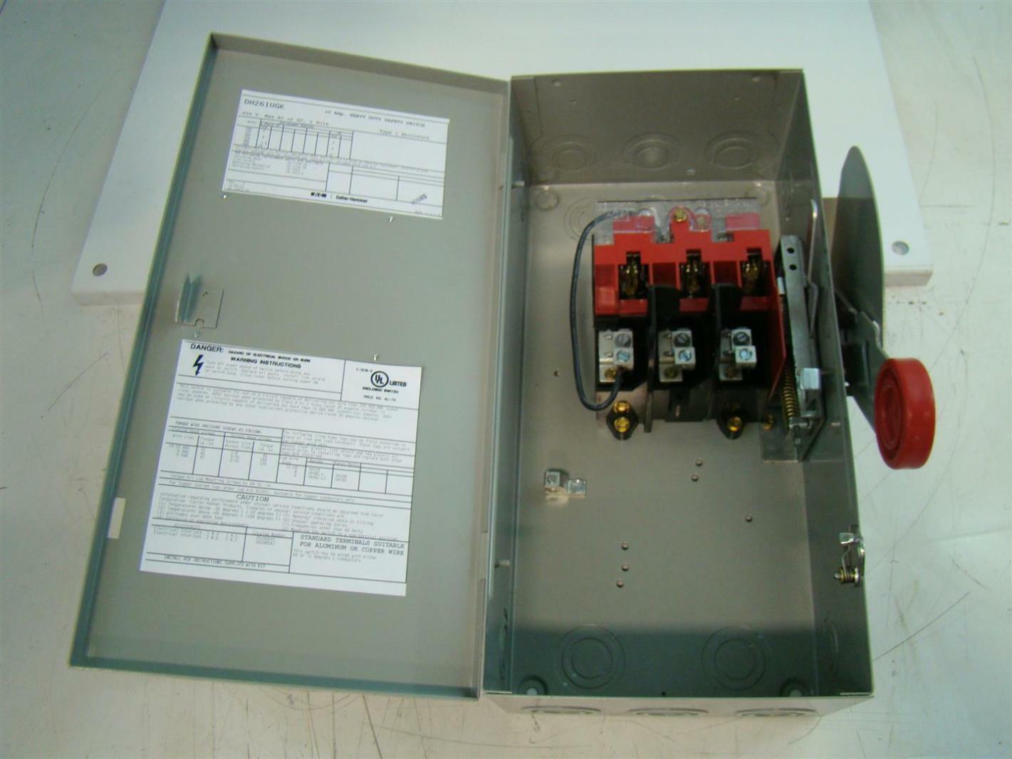 Eaton Cutler Hammer Heavy Duty Safety Switch 30 Amp 600V 2 Pole ...