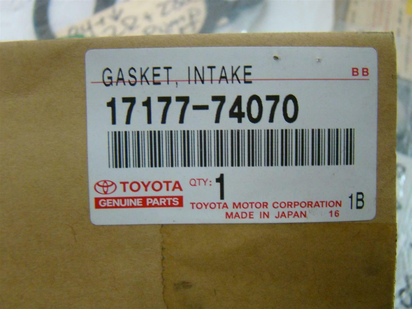 TOYOTA Genuine 71072-06M20-C0 Seat Cushion Cover