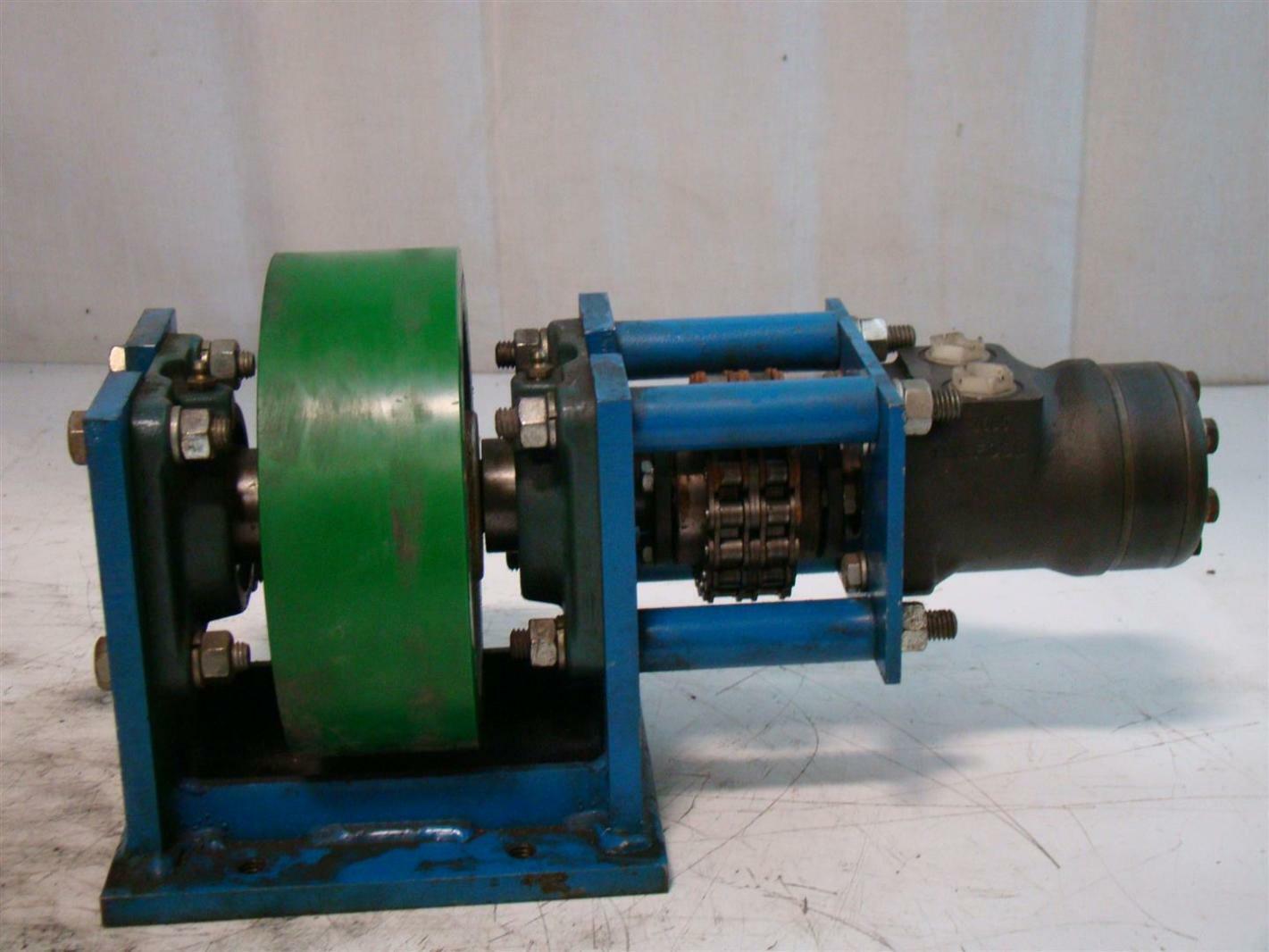 Danfoss Hydraulic Motor Urethane Roller 2605 DH160 151-2045 142001N283A
