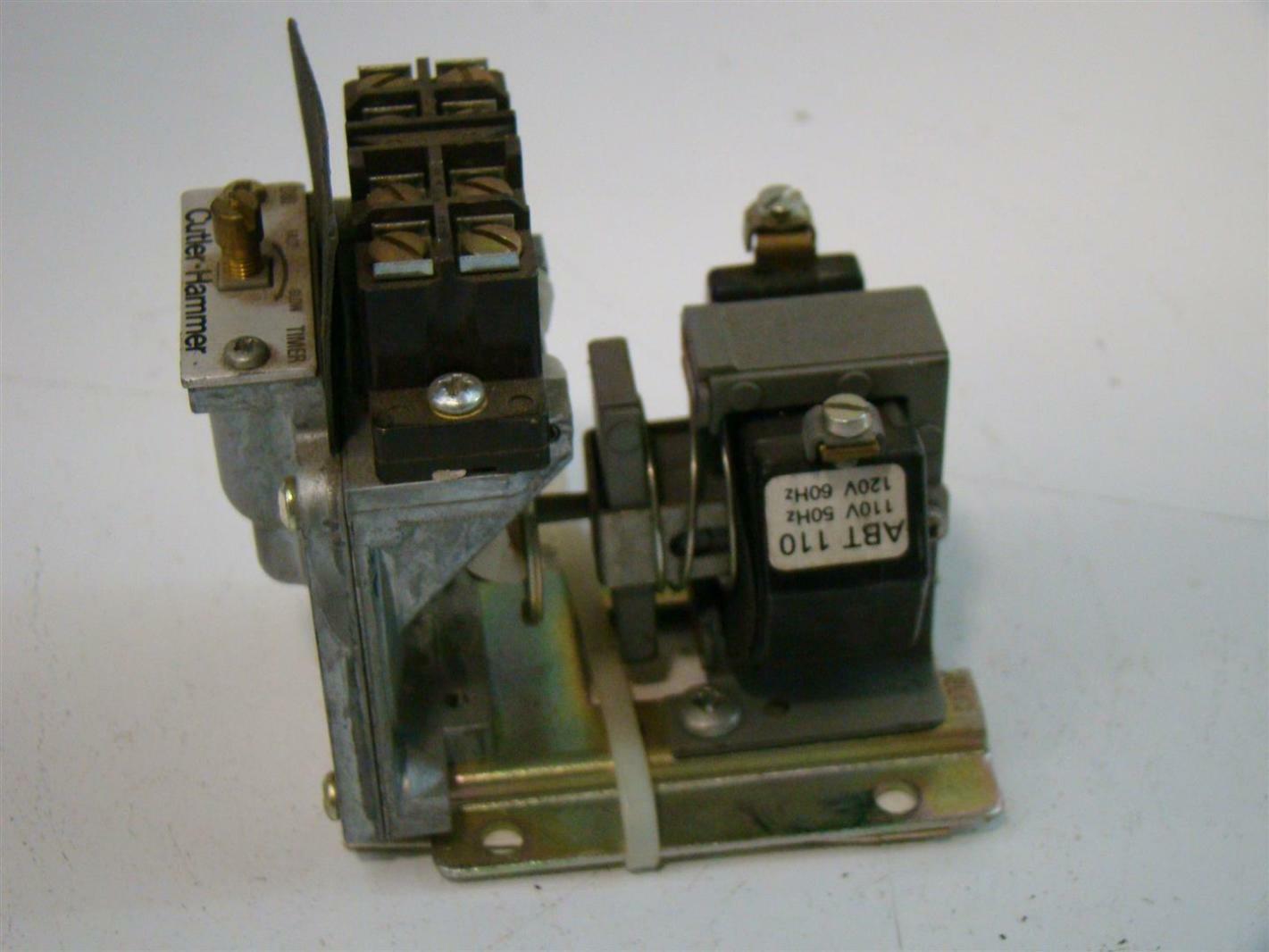 Cutler Hammer Timer Free Download Circuit Breaker Ebay Eaton 600v Pneumatic Relay D80am D80n