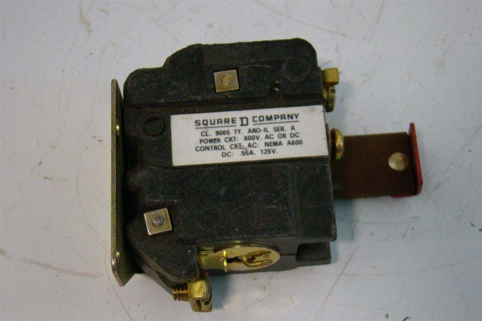 Square D Reset Switch 55A 125VDC 9065