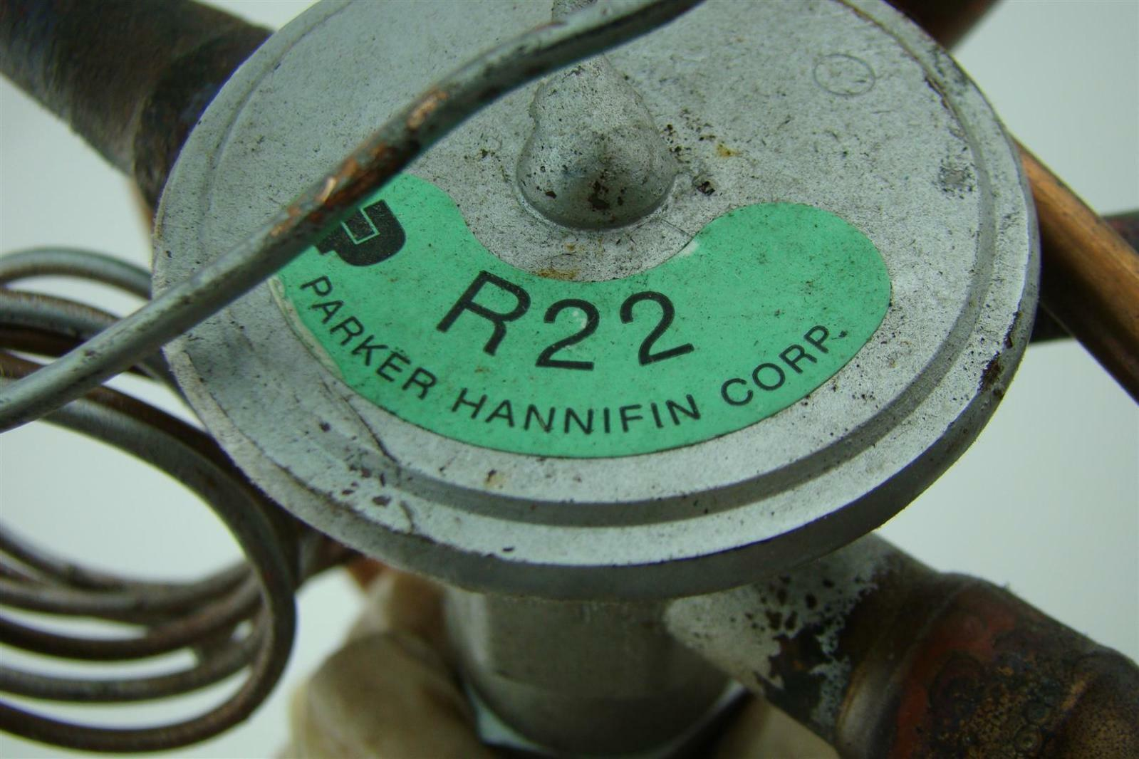 Brass Division X207P4 HEX PIPE CPLG1//4^ Parker Hannifin Corp