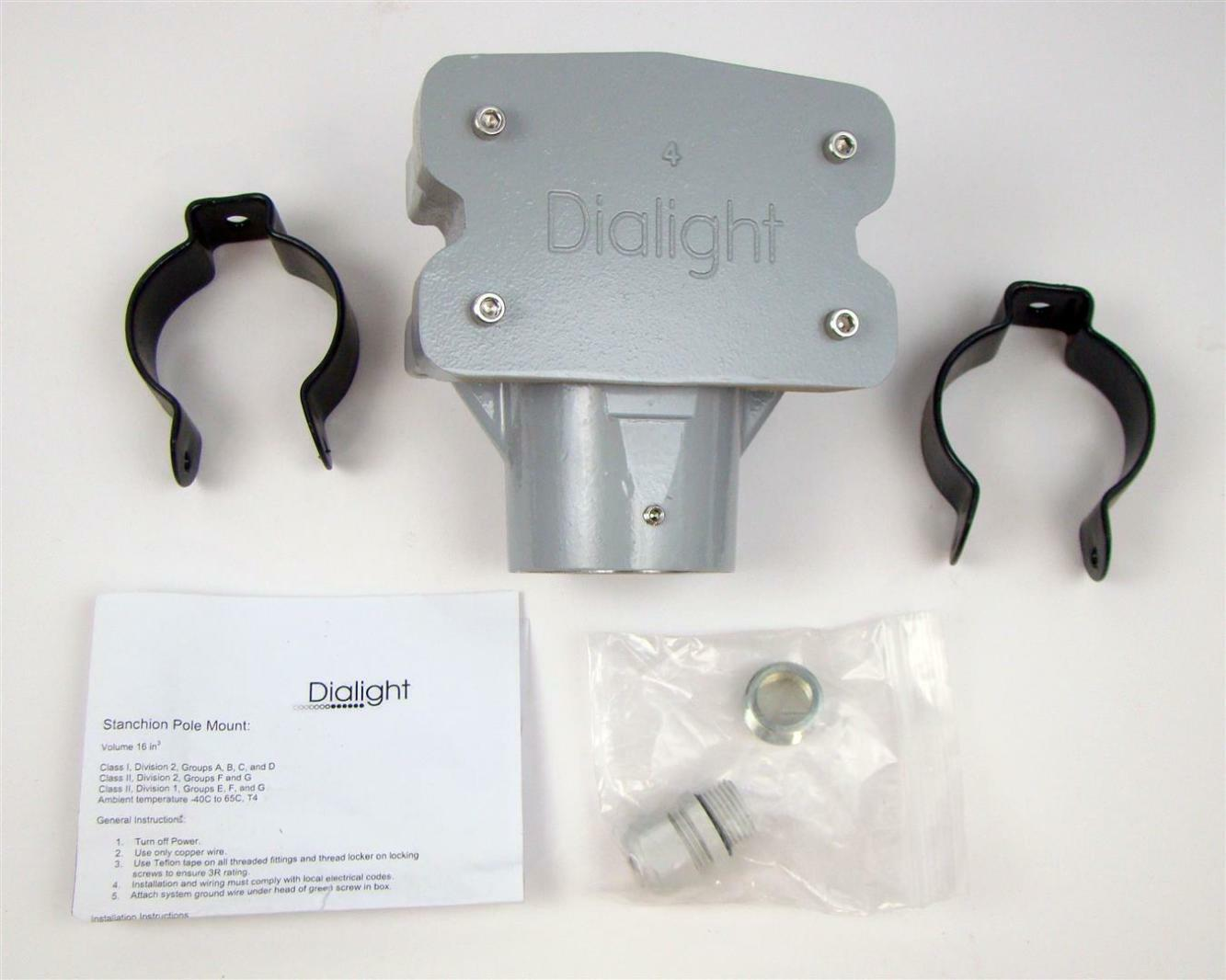 Dialight Slip-Fit Stanchion Mount Junction Box, 2\