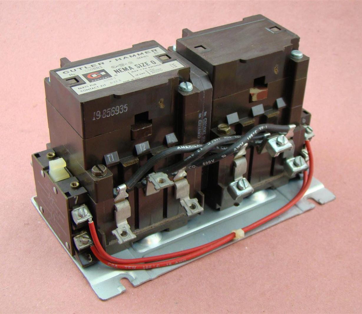 Cutler-Hammer Reversing Contactor Nema Size 0 C50BN3