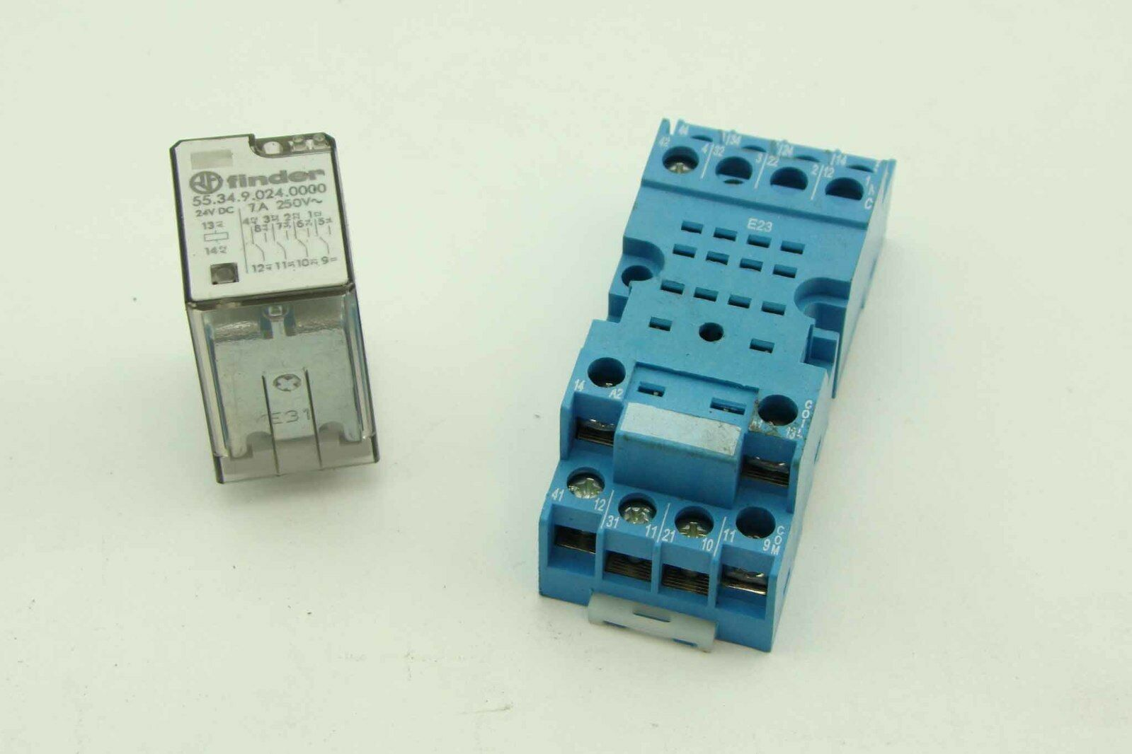Finder 55 34 Power Relay 24v Dc  7a  250v  U0026 Relay Base 94
