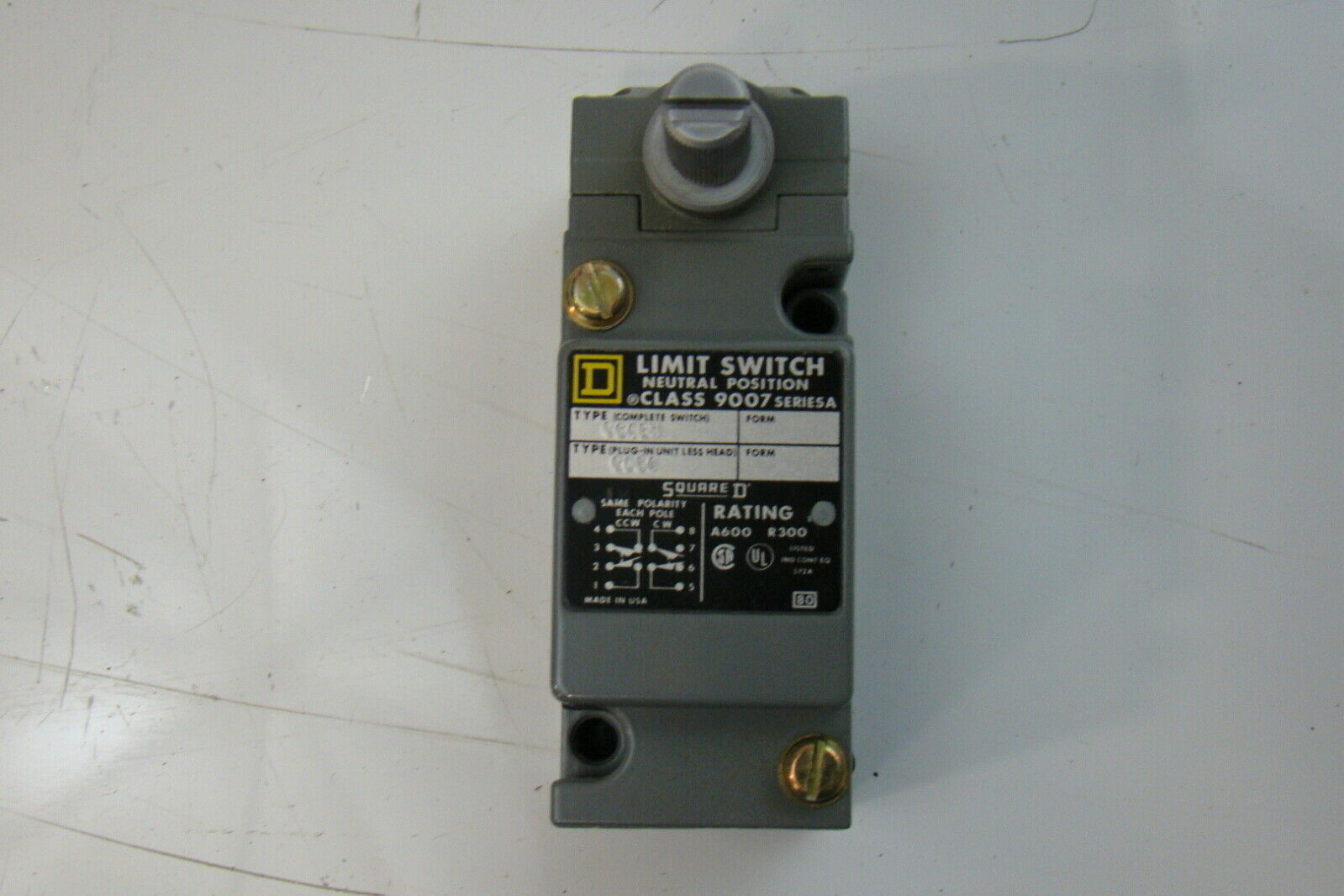 Square D 9007-C64BW Limit Switch 9007C64BW