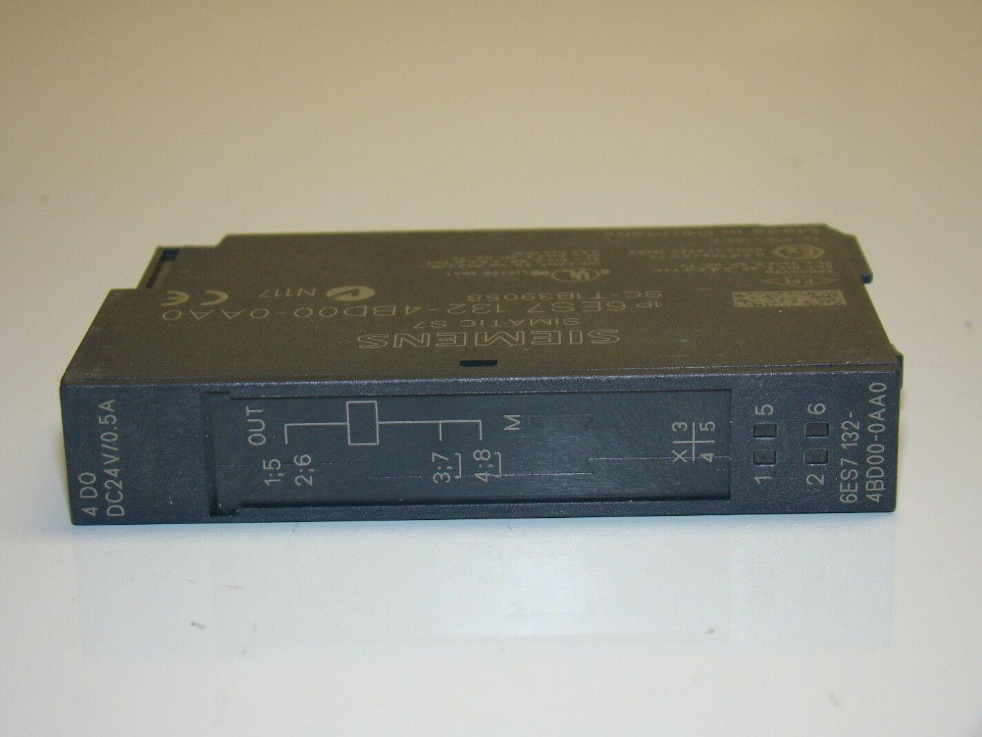 Siemens  6ES7 132-4BD31-0AA0  Output Module 6ES7-132-4BD31-0AA0 *NEW*