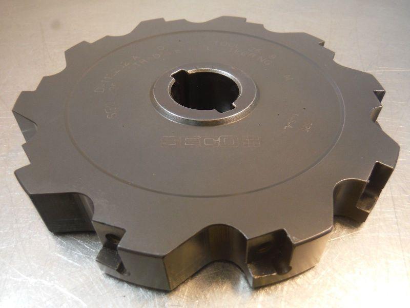 "Seco 5.5"" Slot Milling Cutter 1"" Arbor D 112202 A (LOC1838B)"