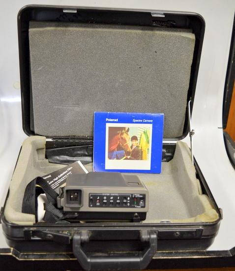 polaroid spectra system camera w hard case and manual surplus rh surplustrading com Polaroid Spectra System Battery Polaroid Spectra System Battery