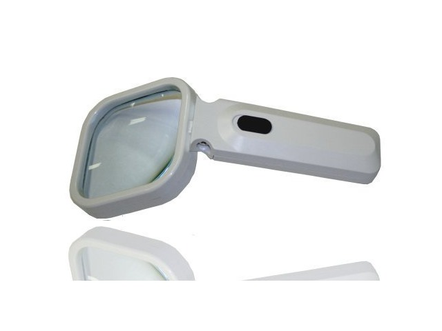 Hawk MG7717-L4 80mm by 80mm 2X Power Magnifier