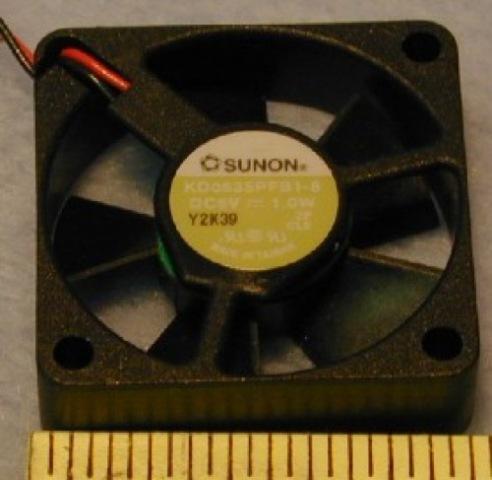 "Sunon 5vdc 1 3/8"" Square - cooling fan. #Y2K39 - Sunon KD0535PFB"