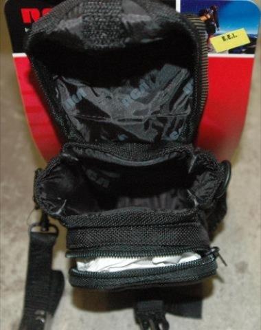 RCA Large Point & Shoot Camera Bag NEW- Black  # BCO2VI
